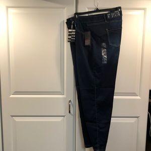 Plus avenue jeans NWT 26a skinny